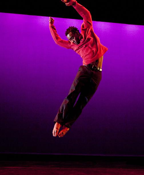 Garth Fagan Dance - Thanks Forty - Photo by Yi-Chun Wu - Vitolio Jeune