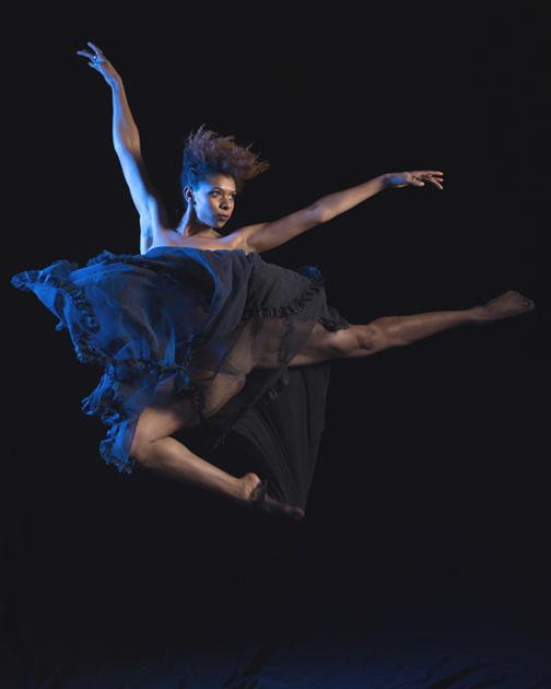 DanceIquail.01.14-7715 light